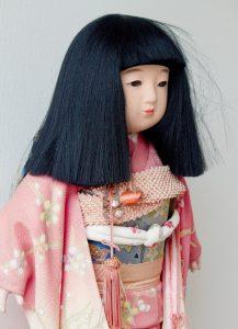 日本人形と市松人形の違い